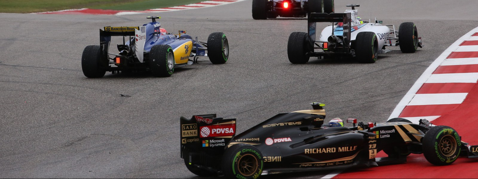 Motorsports: FIA Formula One World Championship 2015, Grand Prix of United States,  #12 Felipe Nasr (BRA, Sauber F1 Team), #19 Felipe Massa (BRA, Williams Martini Racing), #13 Pastor Maldonado (VEN, Lotus F1 Team),  *** Local Caption *** +++ www.hoch-zwei.net +++ copyright: HOCH ZWEI +++
