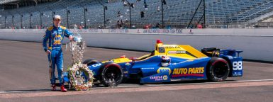 2016-Indy-500-Trophy