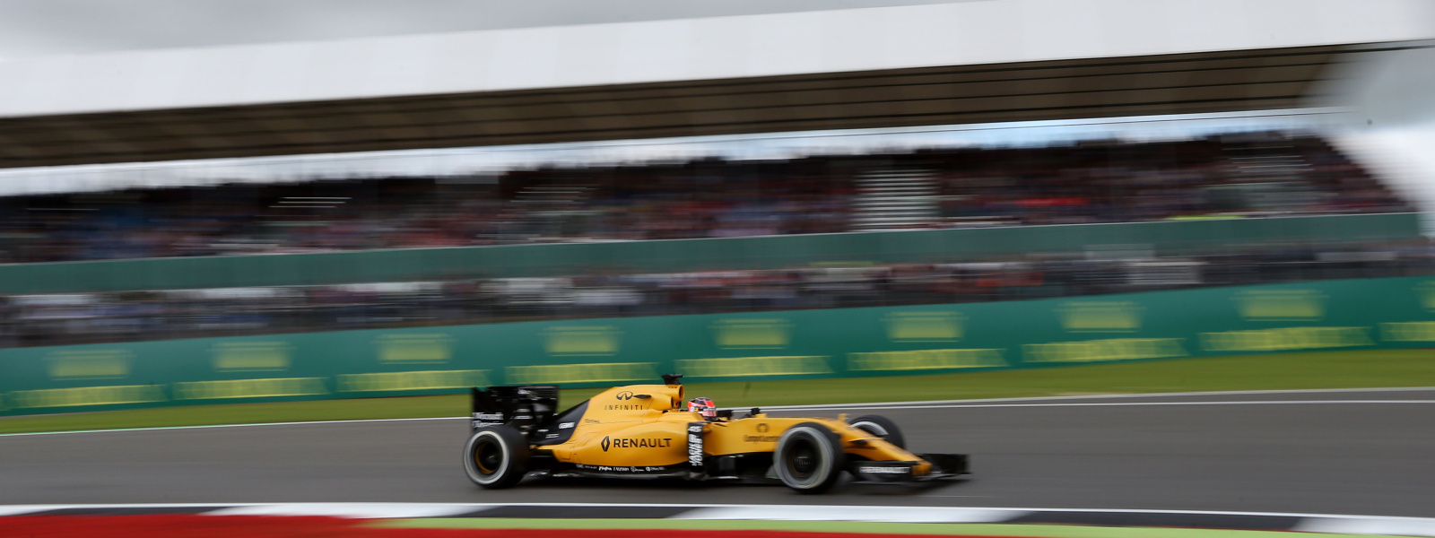 Motorsports: FIA Formula One World Championship 2016, Grand Prix of Great Britain,  #45 Esteban Ocon (FRA, Renault Sport Formula 1 Team),  *** Local Caption *** +++ www.hoch-zwei.net +++ copyright: HOCH ZWEI +++