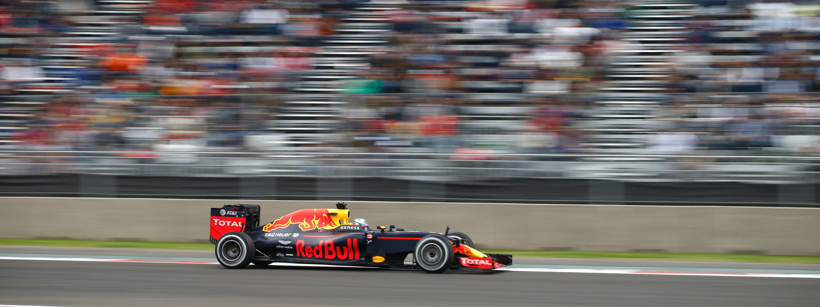 Motorsports: FIA Formula One World Championship 2016, Grand Prix of Mexico,  #3 Daniel Ricciardo (AUS, Red Bull Racing),  *** Local Caption *** +++ www.hoch-zwei.net +++ copyright: HOCH ZWEI +++