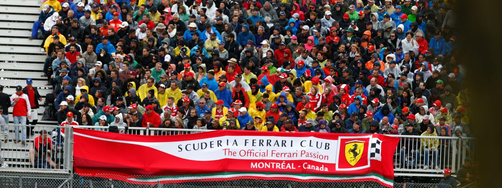 Motorsports: FIA Formula One World Championship 2016, Grand Prix of Canada, fans Scuderia Ferrari *** Local Caption *** +++ www.hoch-zwei.net +++ copyright: HOCH ZWEI +++