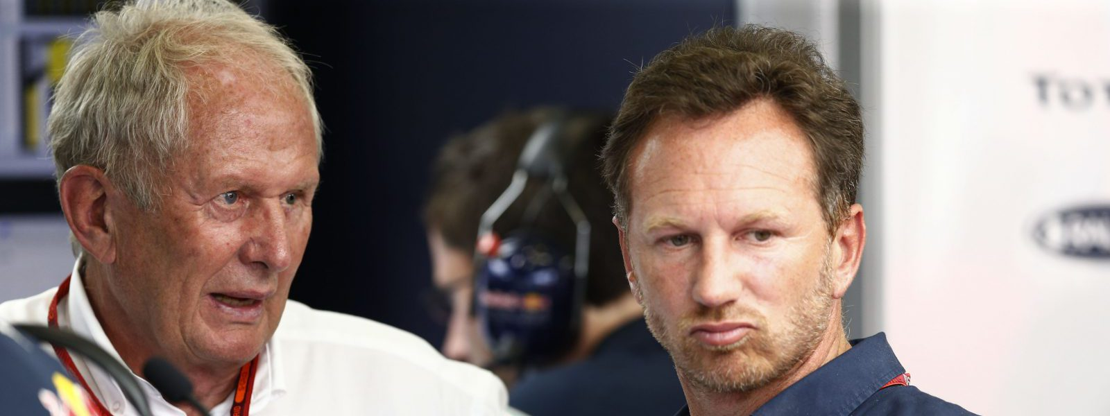Motorsports: FIA Formula One World Championship 2016, Grand Prix of Belgium,  Dr. Helmut Marko (AUT, Red Bull Racing), Christian Horner (GBR, Red Bull Racing),  *** Local Caption *** +++ www.hoch-zwei.net +++ copyright: HOCH ZWEI +++