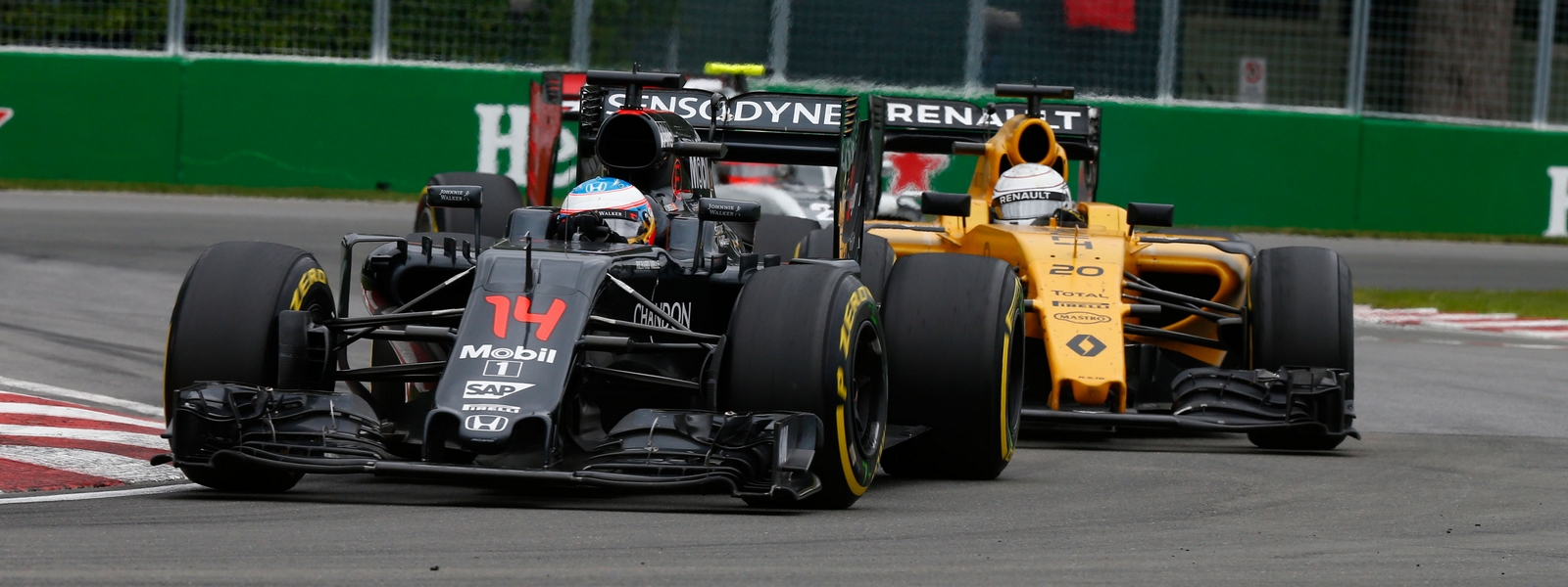 Motorsports: FIA Formula One World Championship 2016, Grand Prix of Canada, #14 Fernando Alonso (ESP, McLaren Honda F1 Team), #20 Kevin Magnussen (DEN, Renault Sport F1 Team), *** Local Caption *** +++ www.hoch-zwei.net +++ copyright: HOCH ZWEI +++