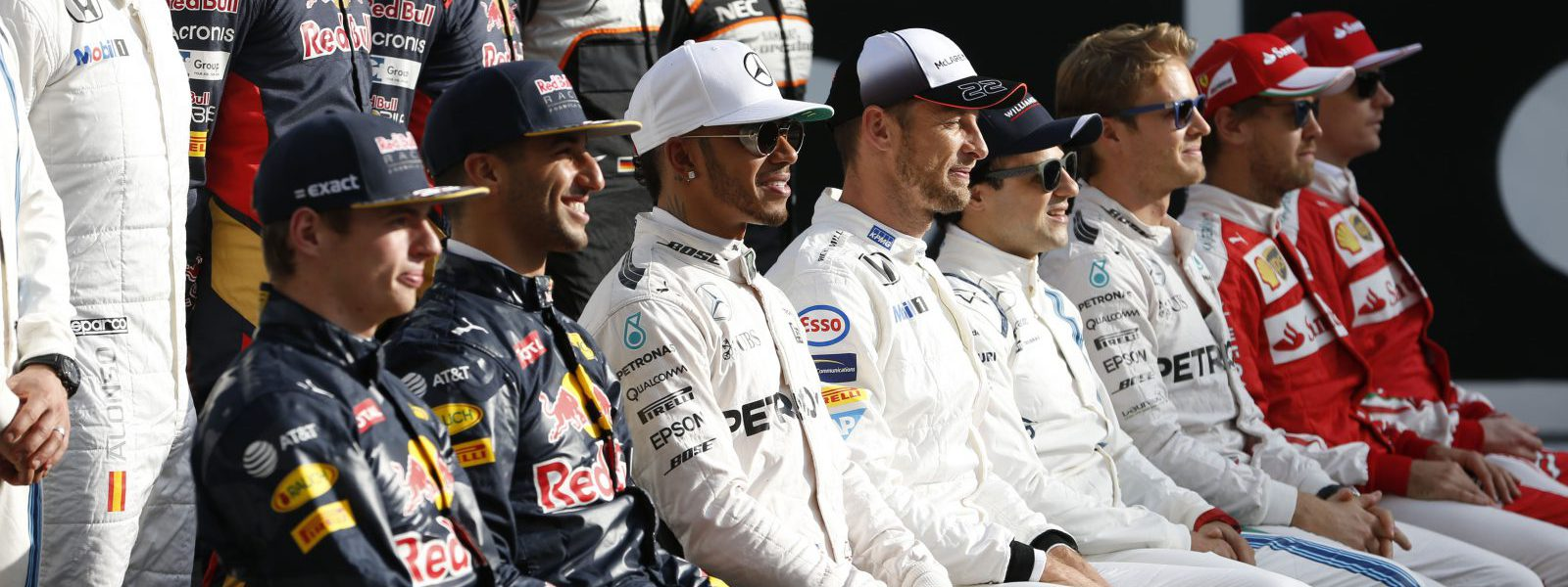 Motorsports: FIA Formula One World Championship 2016, Grand Prix of Abu Dhabi,  F1 drivers groupe picture *** Local Caption *** +++ www.hoch-zwei.net +++ copyright: HOCH ZWEI +++
