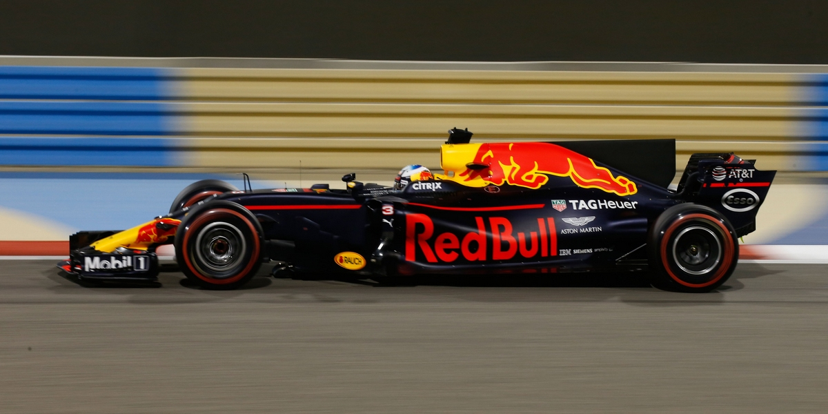 Motorsports: FIA Formula One World Championship 2017, Grand Prix of Bahrain,  #3 Daniel Ricciardo (AUS, Red Bull Racing),  *** Local Caption *** +++ www.hoch-zwei.net +++ copyright: HOCH ZWEI +++