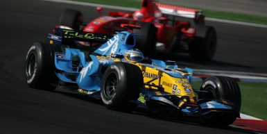 Motorsport / Formula 1: Grand Prix Turkey 2006, Fernando Alonso (ESP, Renault) in front of Michael Schumacher (GER, Ferrari)  , www.hoch-zwei.net , copyright: HOCH ZWEI / Michael Kunkel  ++++ ITALY OUT ++++
