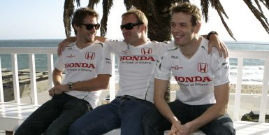 Motorsports / Formula 1: World Championship 2008, GP of Australia ,  16 Jenson Button (GBR, Honda Racing F1 Team),  17 Rubens Barrichello (BRA, Honda Racing F1 Team),   Alexander Wurz (AUT), Test Driver, Honda Racing F1 Team *** Local Caption *** +++ www.hoch-zwei.net +++ copyright: HOCH ZWEI +++