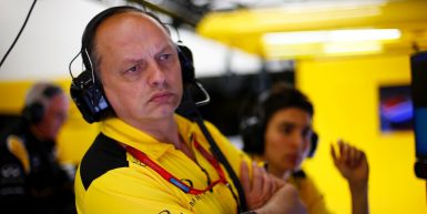 VASSEUR Frederic (fra) racing director Renault Sport Racing F1 team ambiance portrait  during 2016 Formula 1 FIA world championship, Bahrain Grand Prix, at Sakhir from April 1 to 3  - Photo Frederic Le Floc'h / DPPI