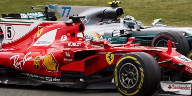 Motorsports: FIA Formula One World Championship 2017, Grand Prix of Great Britain,  #5 Sebastian Vettel (GER, Scuderia Ferrari), #77 Valtteri Bottas (FIN, Mercedes AMG Petronas F1 Team),  *** Local Caption *** +++ www.hoch-zwei.net +++ copyright: HOCH ZWEI +++