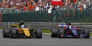 Motorsports: FIA Formula One World Championship 2017, Grand Prix of Belgium,  #30 Jolyon Palmer (GBR, Renault Sport F1 Team), #55 Carlos Sainz Junior (ESP, Scuderia Toro Rosso),  *** Local Caption *** +++ www.hoch-zwei.net +++ copyright: HOCH ZWEI +++