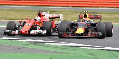Motorsports: FIA Formula One World Championship 2017, Grand Prix of Great Britain,  #5 Sebastian Vettel (GER, Scuderia Ferrari), #33 Max Verstappen (NLD, Red Bull Racing),  *** Local Caption *** +++ www.hoch-zwei.net +++ copyright: HOCH ZWEI +++
