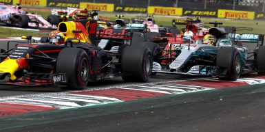 Motorsports: FIA Formula One World Championship 2017, Grand Prix of Mexico,  Start, #33 Max Verstappen (NLD, Red Bull Racing), #44 Lewis Hamilton (GBR, Mercedes AMG Petronas F1 Team), #5 Sebastian Vettel (GER, Scuderia Ferrari),  *** Local Caption *** +++ www.hoch-zwei.net +++ copyright: HOCH ZWEI +++