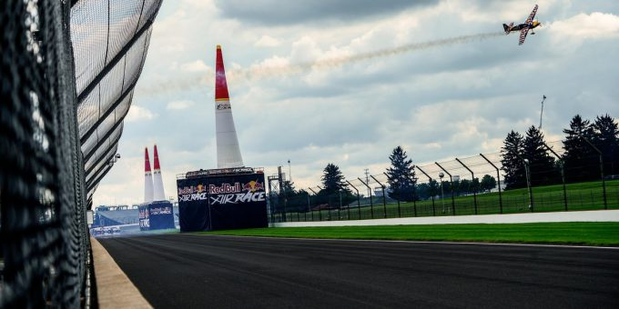 red-bull-air-race-indianapolis-martin-šonka