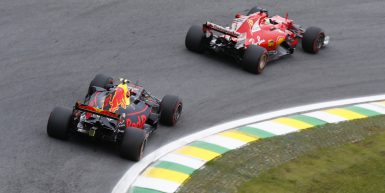 Motorsports: FIA Formula One World Championship 2017, Grand Prix of Brazil,  #33 Max Verstappen (NLD, Red Bull Racing), #5 Sebastian Vettel (GER, Scuderia Ferrari),  *** Local Caption *** +++ www.hoch-zwei.net +++ copyright: HOCH ZWEI +++