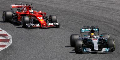 Motorsports: FIA Formula One World Championship 2017, Grand Prix of Spain,  #5 Sebastian Vettel (GER, Scuderia Ferrari), #44 Lewis Hamilton (GBR, Mercedes AMG Petronas F1 Team),  *** Local Caption *** +++ www.hoch-zwei.net +++ copyright: HOCH ZWEI +++